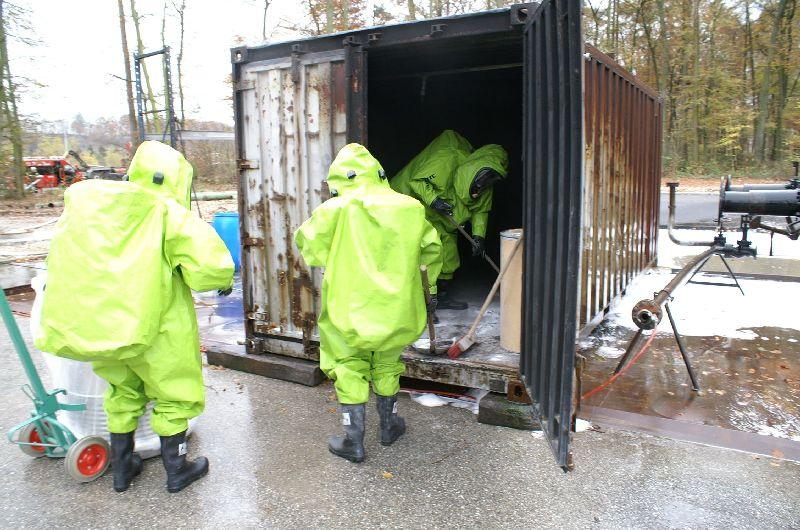 Einsatz des CSA-Trupps im Container (Foto: romsn)
